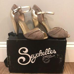 Seychelles Clay Suede Little Owl heels